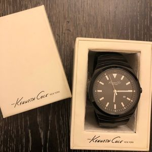 Kenneth Cole Stainless steel round watch